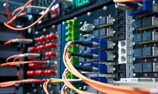Internet fibra óptica: descubra agora as vantagens!