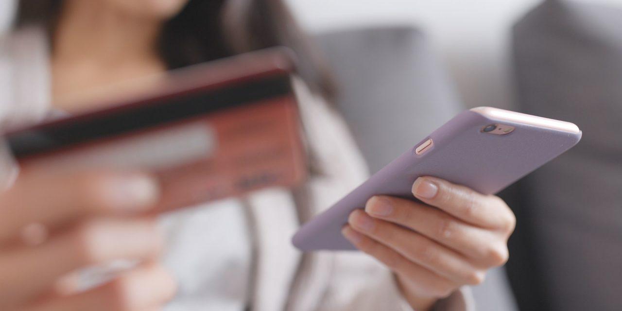 Compras online: como evitar ser vítima de golpes no fim do ano
