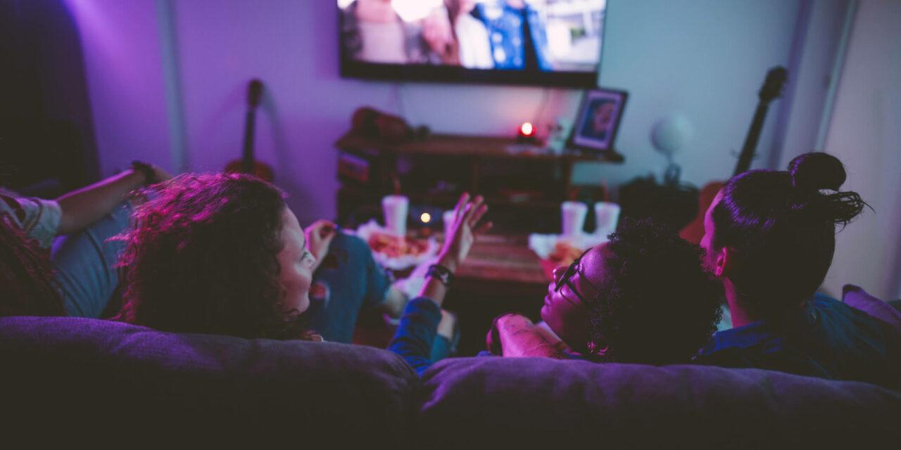 Netflix ou TV a cabo: qual é a melhor opção para você?
