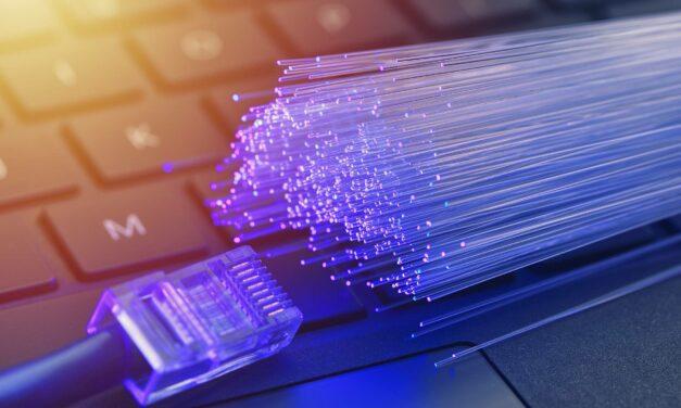 Conheça 7 vantagens da fibra ótica em que você deve investir